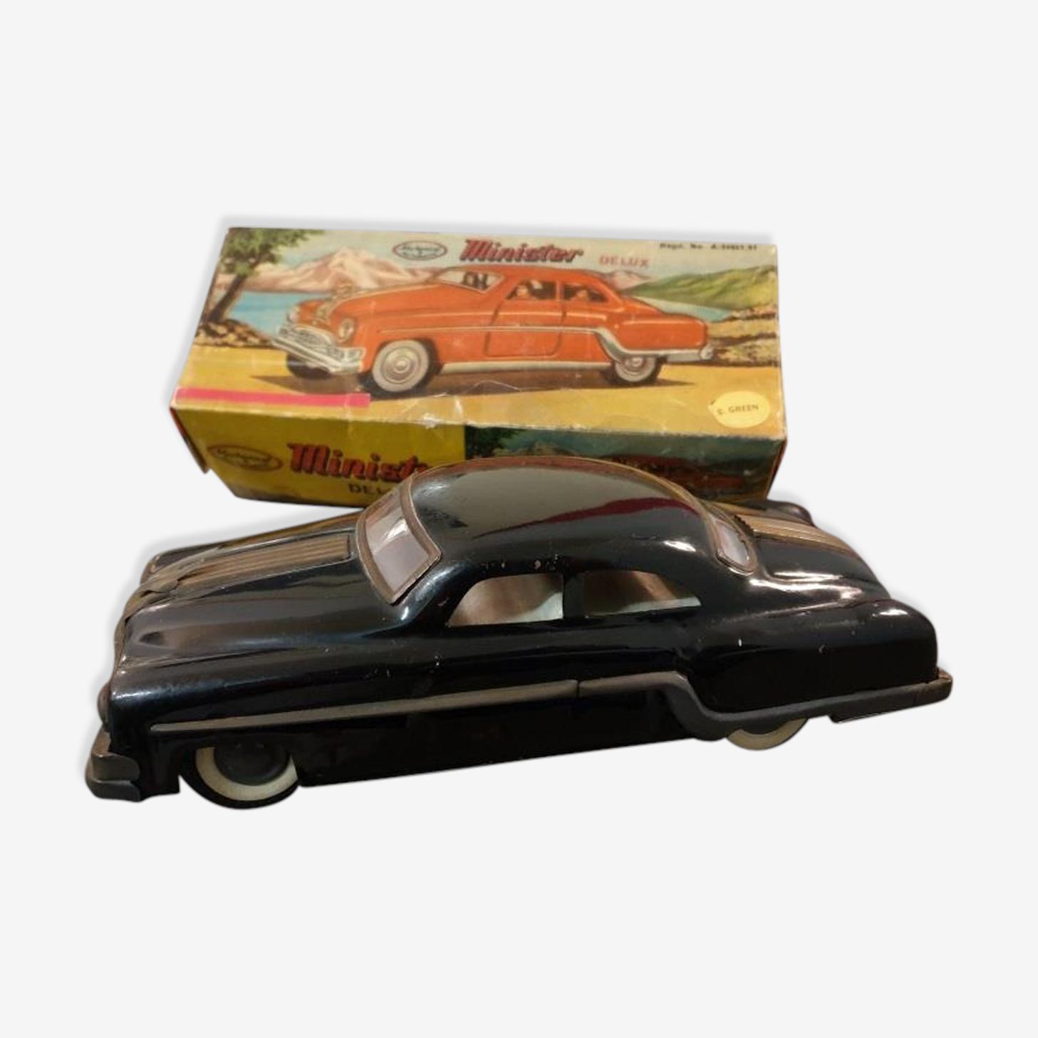 Voiture américaine Pontiac Eight de 1954