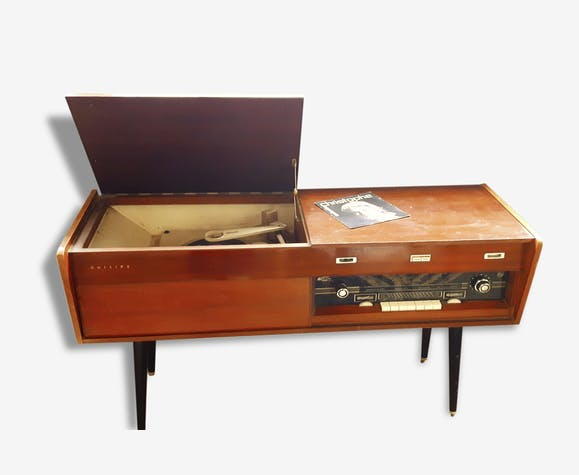 meuble tourne disque et radion int gr s philips bois. Black Bedroom Furniture Sets. Home Design Ideas