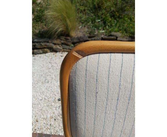 4 chaises B32 par Marcel Breuer avec revetement en tissu