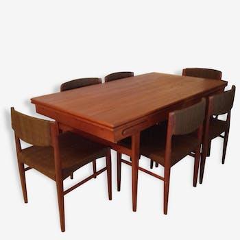 Table  de salle à manger vintage  avec 6 chaises