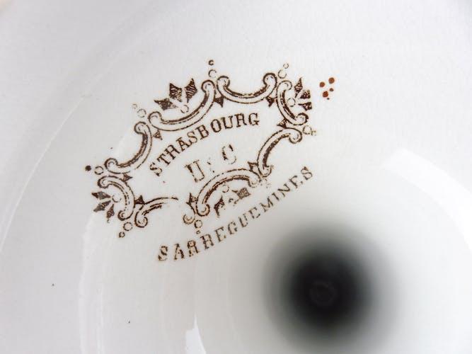 Paires d'anciens bougeoirs décor fleurs Strasbourg, de Sarreguemines U & C