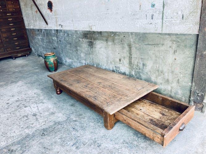 Table basse de ferme