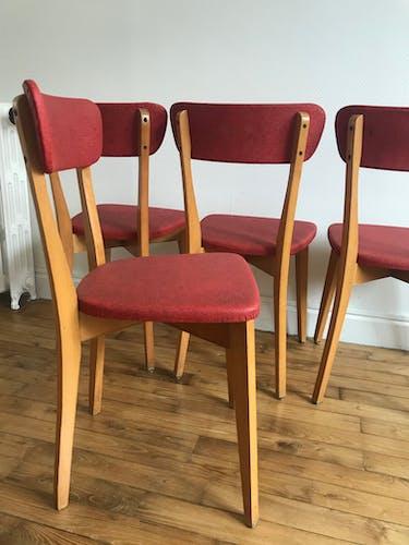Série de chaises rouge