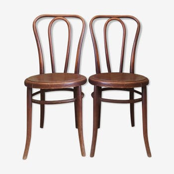 Lot of two bistro chairs