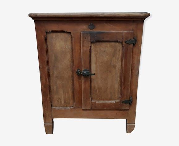 Ancien frigo bois
