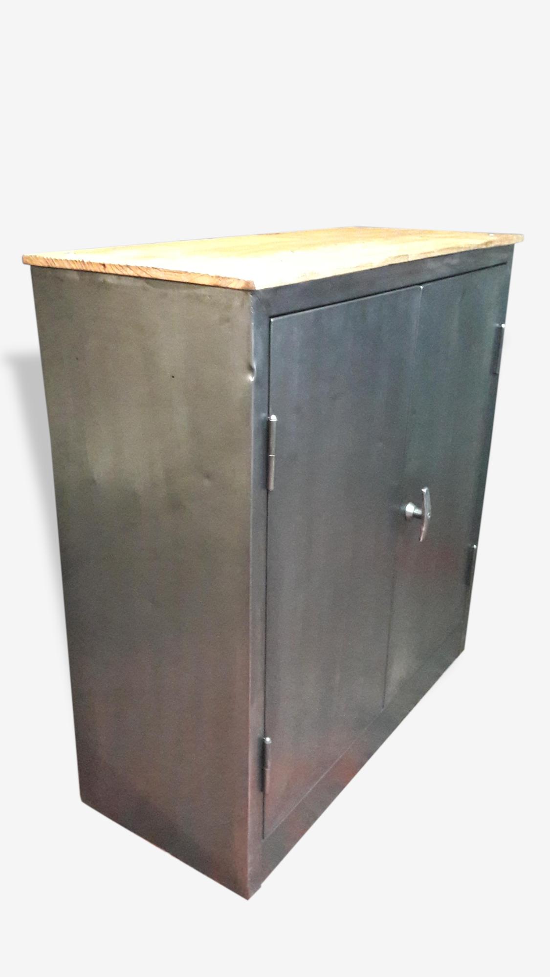 Meuble d'atelier 2 portes metallique industriel vintage metal