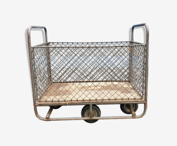 Wired industrial trolley