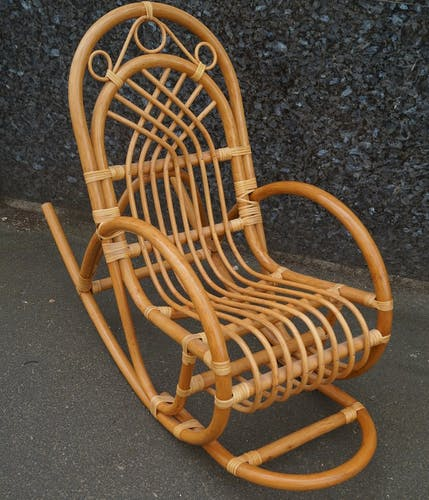 Rocking chair enfant en rotin 1970