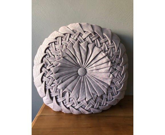 Old round cushion