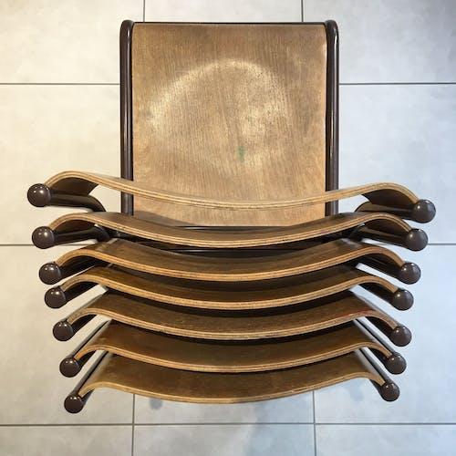 Ensemble de 7 chaises d'école dos galbé