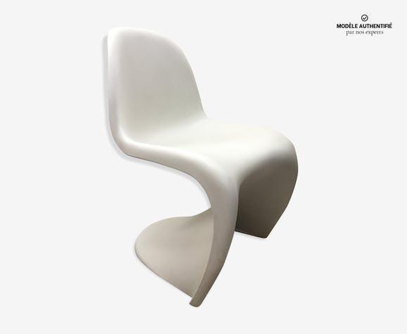 chaise verner panton blanche plastique blanc design. Black Bedroom Furniture Sets. Home Design Ideas