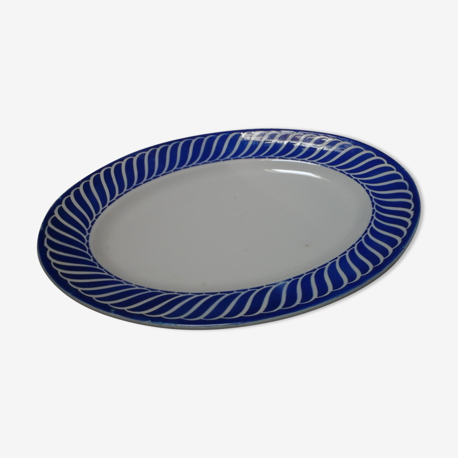 Oval plate from Jacquot & Digoin Sarreguemines