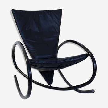 fauteuil rocking chair de couleur noire vintage d 39 occasion. Black Bedroom Furniture Sets. Home Design Ideas