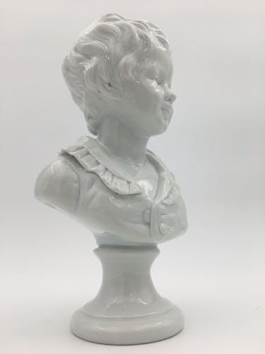 Buste d'enfant en porcelaine Capodimonte d'après Houdon signé F. Kessler XXème siècle
