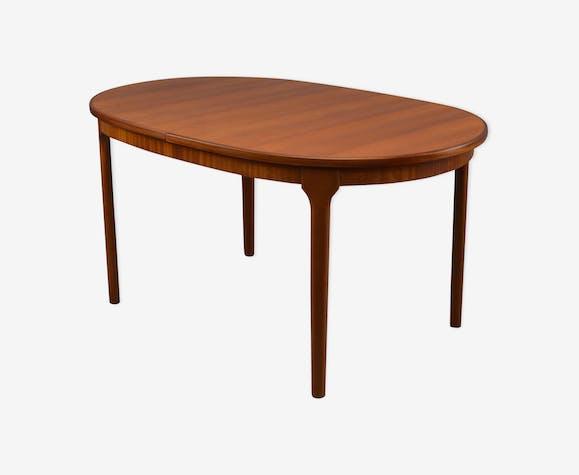 Table De Salle A Manger Ovale Du Milieu Du Siecle Par Mcintosh