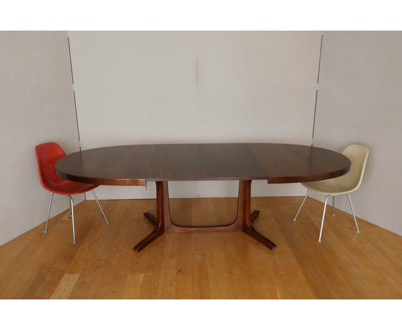 Table ovale extensible en orme style scandinave pied central