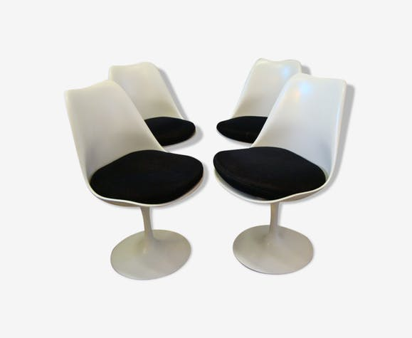 Lot de 4 chaises par Eero Saarinen pour Knoll International
