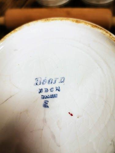 Pichet en céramique, décor Basque