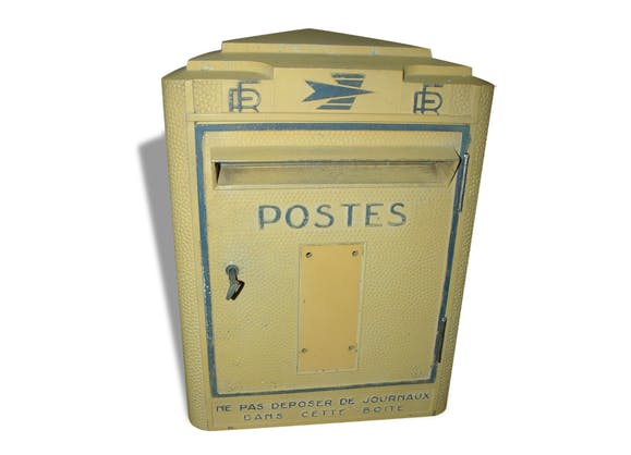 ancienne boite aux lettres r form e de la poste 1970 deco industriel m tal jaune. Black Bedroom Furniture Sets. Home Design Ideas