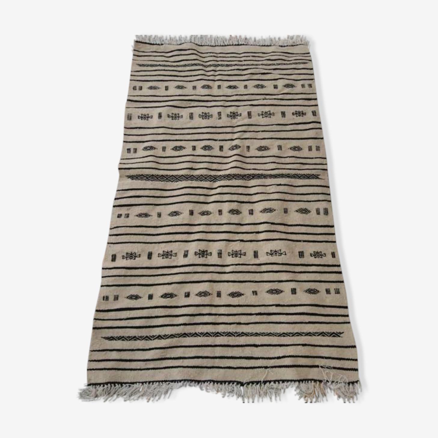 Tapis kilim berbère beige et noir en laine 181x100cm