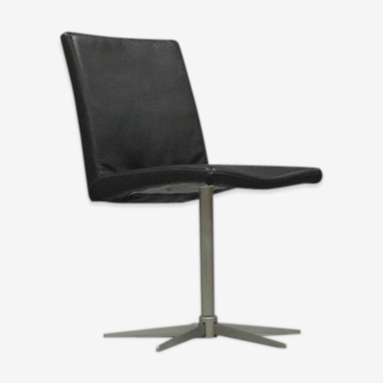 Chaise en cuir 1970