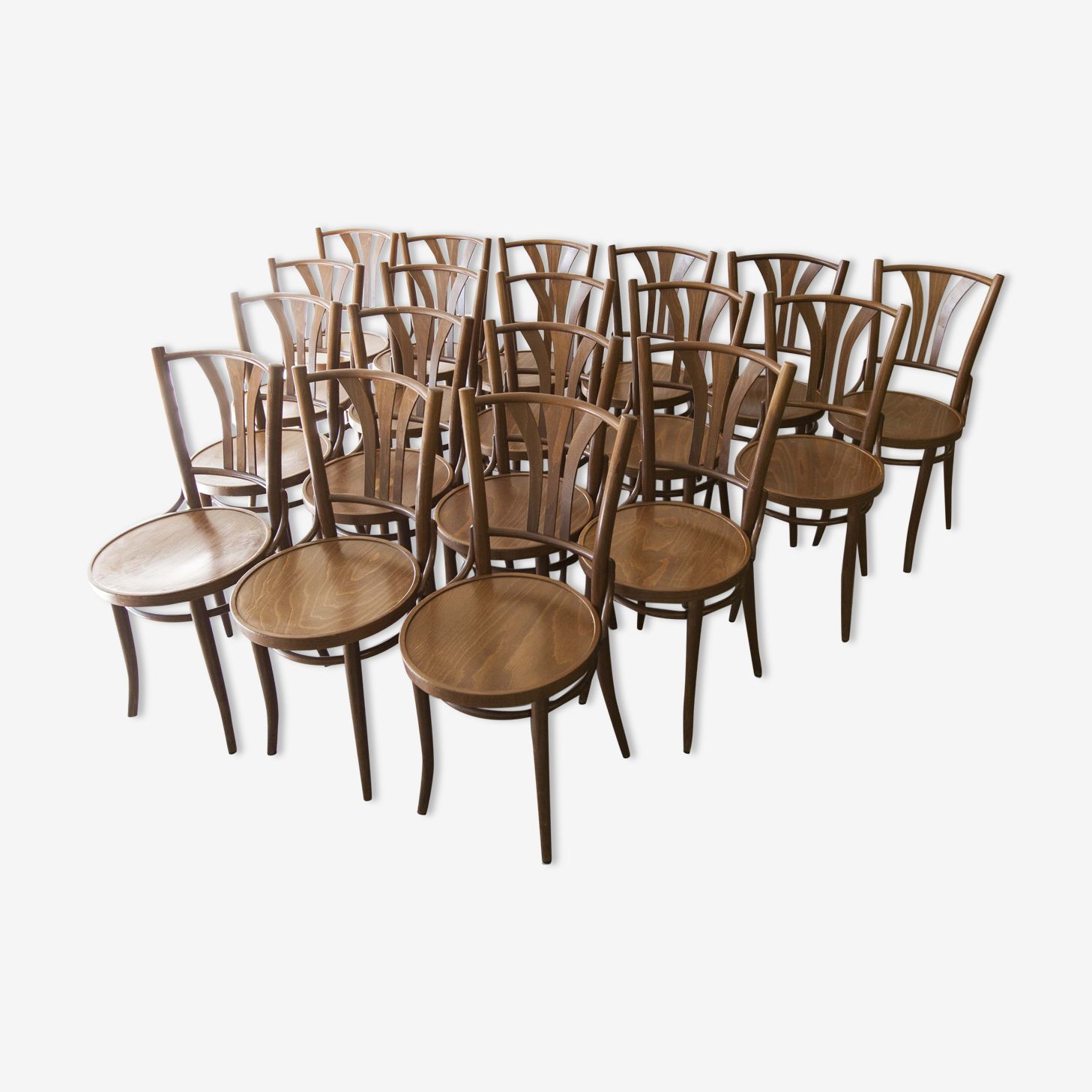 Set of 18 chairs Bistro
