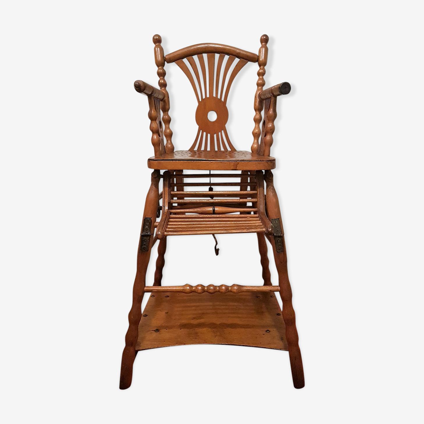 Chaise haute pour bébé / enfant