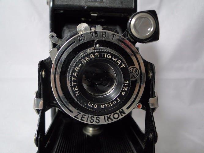 Ikonta Zeiss Ikon camera