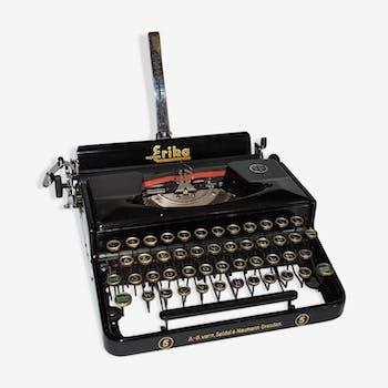 machine crire vintage brunsviga avec son tui de transport argent mat riau beige art. Black Bedroom Furniture Sets. Home Design Ideas