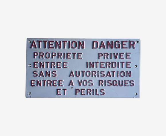"""Plaque """"Risque et périls"""""""