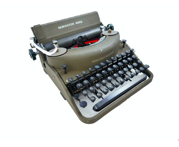 Machine à écrire Remington Noiseless verte révisée ruban neuf