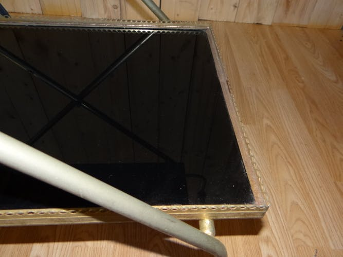 Desserte roulante en métal doré et plateaux en formica noir