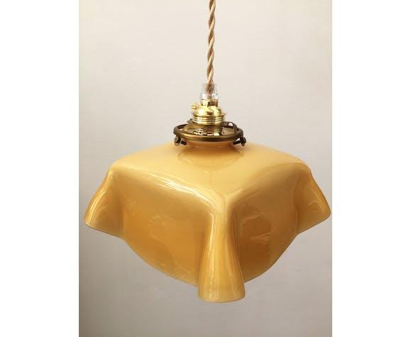 Suspension en opaline jaune pâle