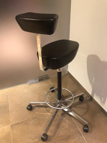 Stool by Nelson George for Vitra