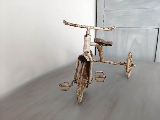 Jouet vélo tricycle art déco