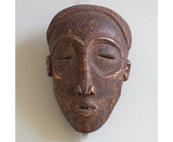 Collection de cinq masques africains