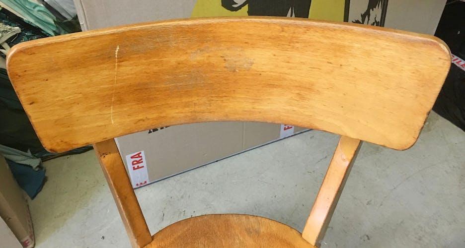 Lot de deux chaises bistrot en bois