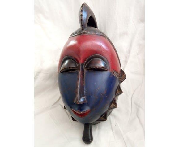 Masque africain en bois Cameroun