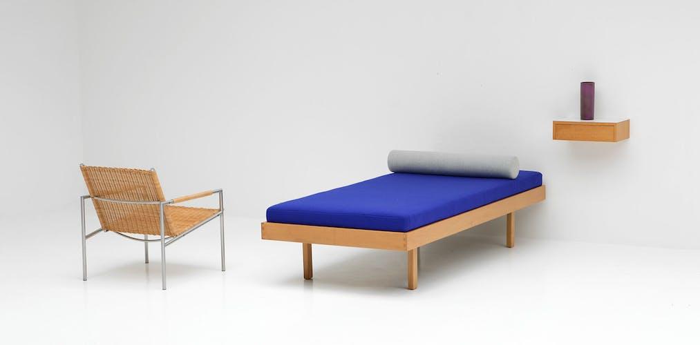 Daybay conçu par Jos De Mey pour Van Den Berghe Pauvers en 1963