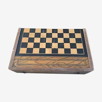 Jeu en bois de dames et de backgammon