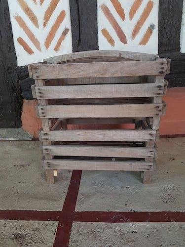 Wooden clayette