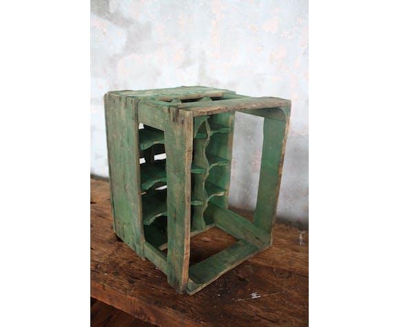 Caisse à bouteilles en bois verte