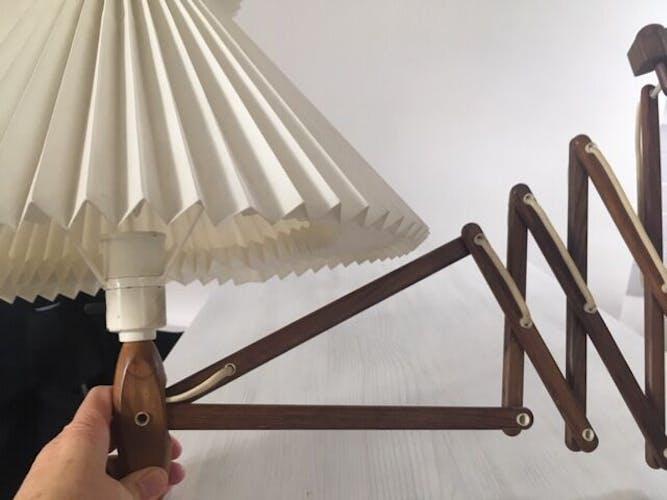 Lampe applique bois accordéon Kaare Klint