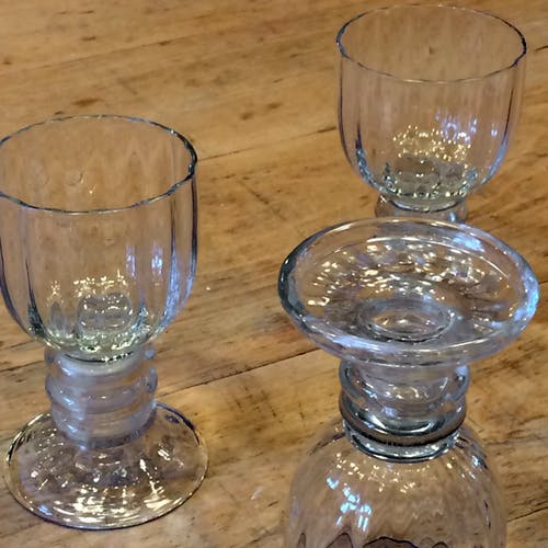 Trois verres d'inspiration baroque