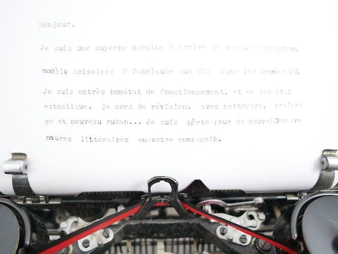 Machine à écrire Remington Noiseless 7 portable noire brillante