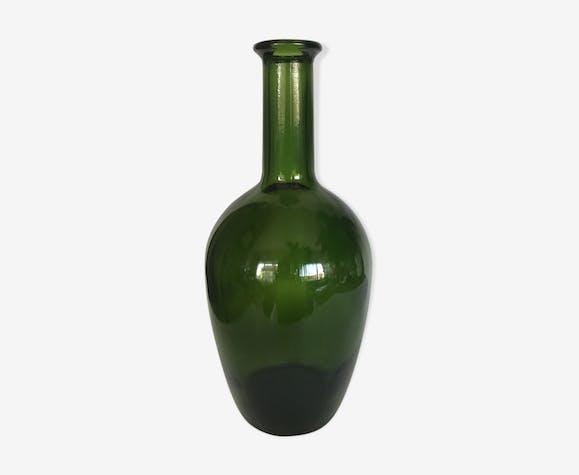 Vase en verre vert