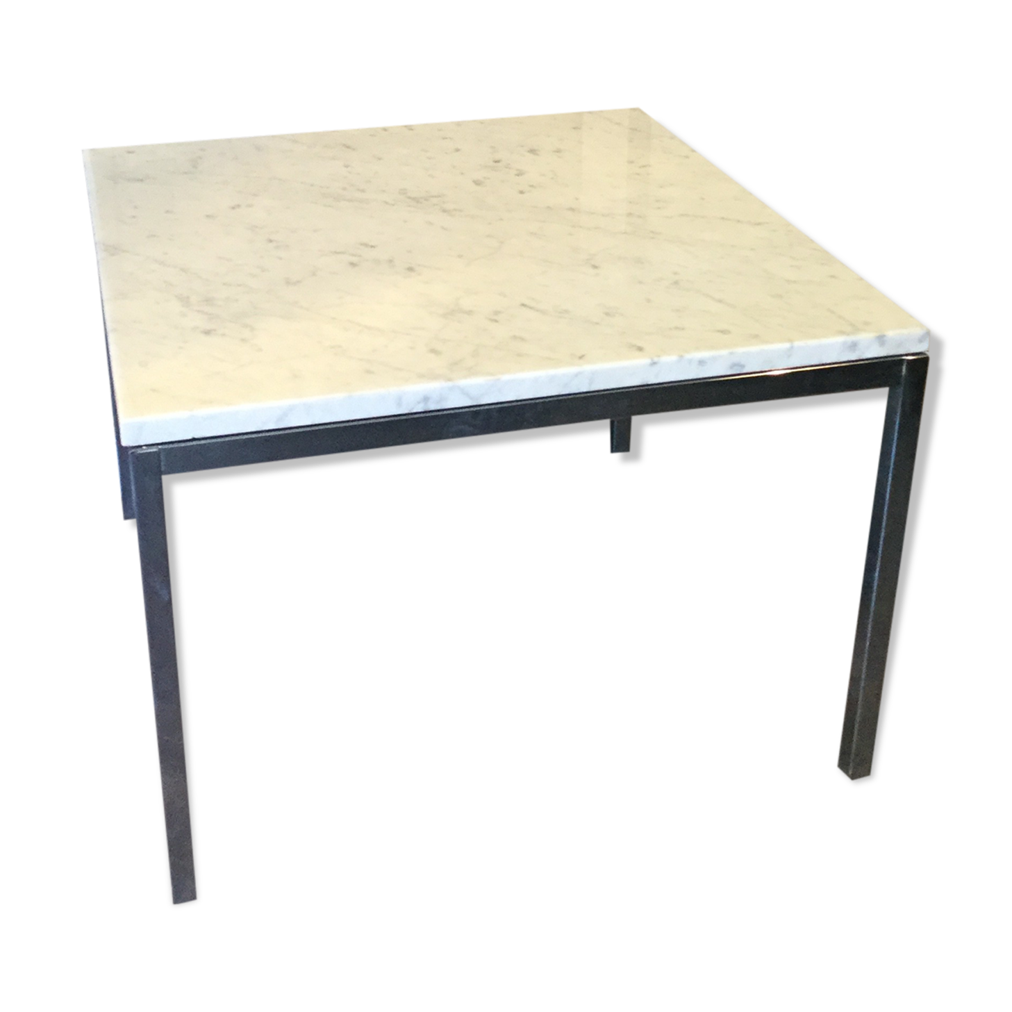 Table knoll marbre latest knoll table basse et table duappoint krusin marbr blanc with table - Table knoll ovale marbre blanc ...