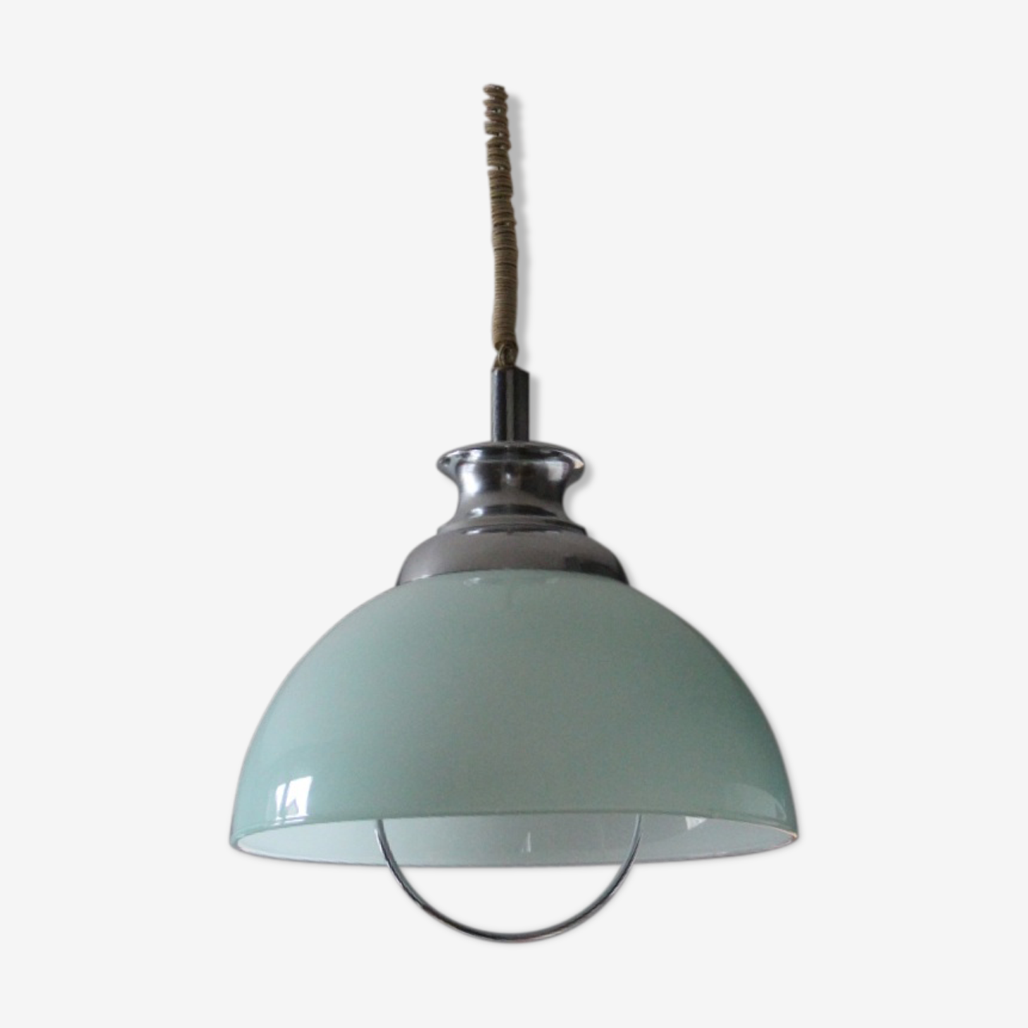 Suspension globe en opaline