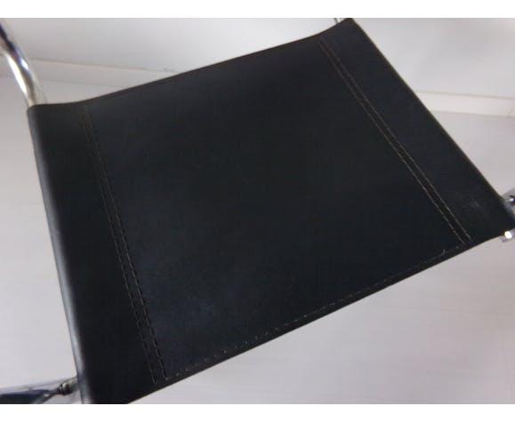 Fauteuil cuir noir et chrome