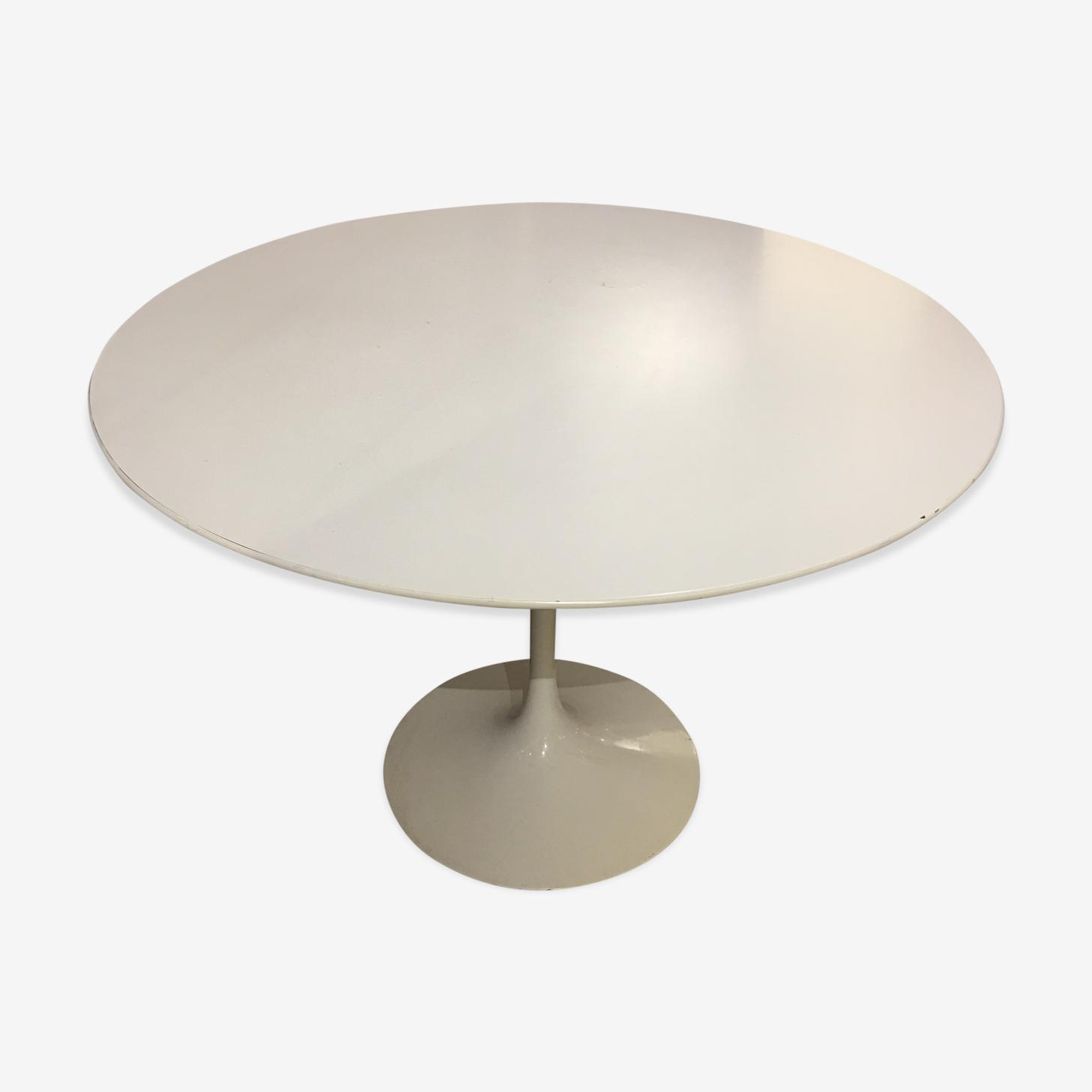 Tulip table Saarinen Eero
